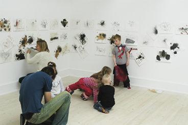 De Smås Etyder - Et kunstvideoprojekt for små børn