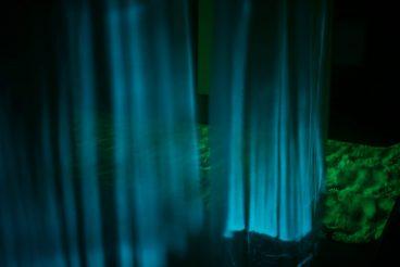 Teaterfestival på Horsens Kunstmuseum - LYSSTOF – Den Magiske Natur